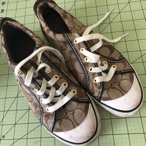 Coach authentic designer brown logo shoes 8B